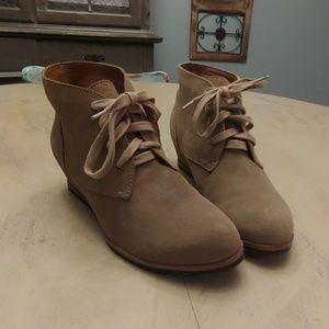 Womens Susina Tan Suede Laced Wedges